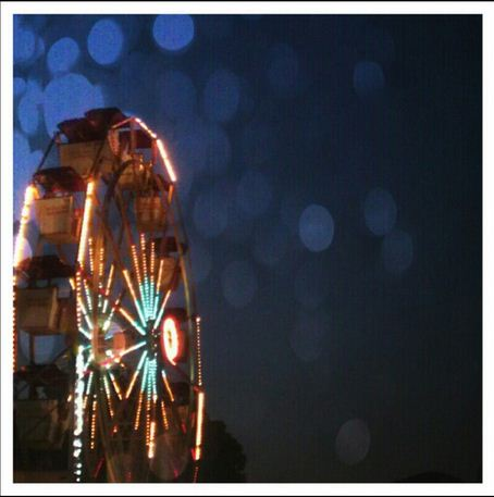 This ferris wheel image was edited using Pixlr-o-Matic.